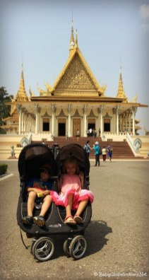Exploring Phnom Penh with Kids | OurGlobetrotters.Com