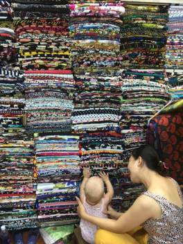 Tan Dinh fabric market | Expat Parenting in Vietnam | OurGlobetrotters.Com