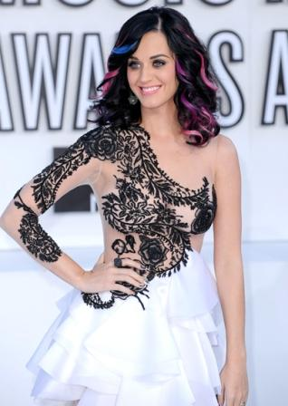 Katy Perry VMA 2010 Hairstyle