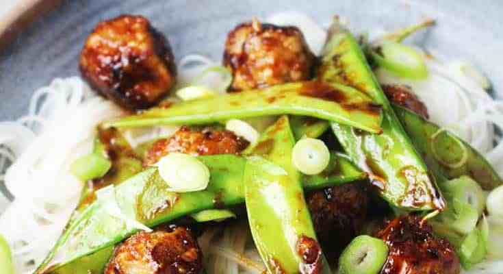 Sticky, Sweet and Spicy Asian Meatballs