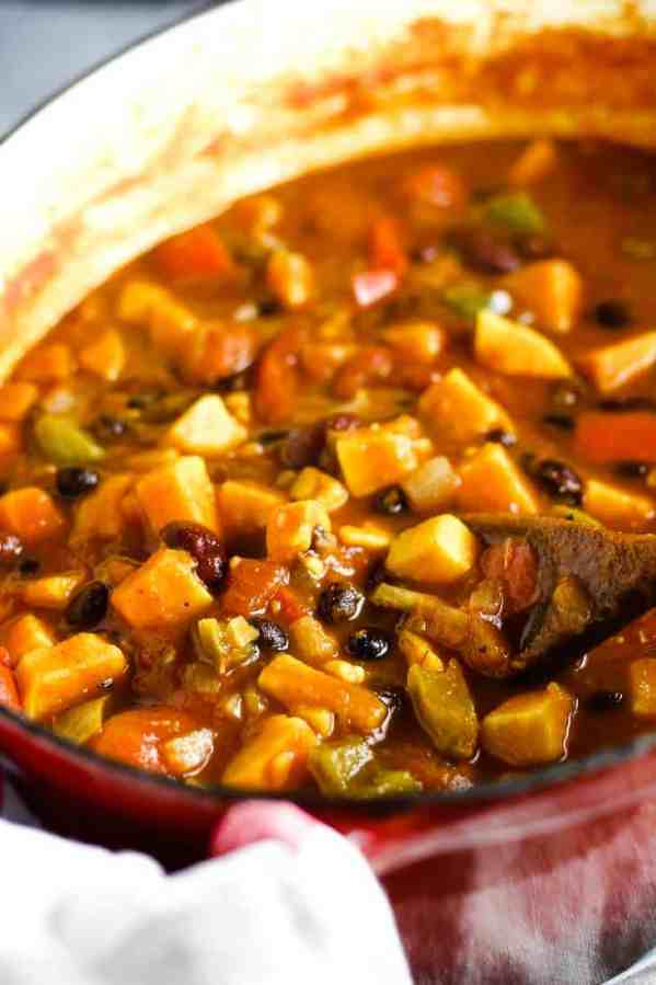 A pot of vegetarian sweet potato chili