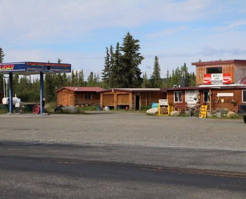 Meier's Lake Roadhouse