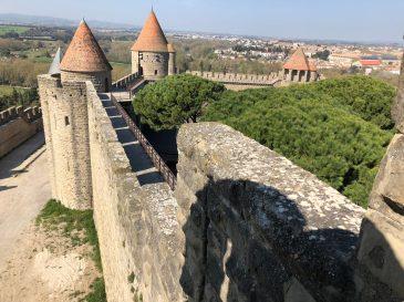 Carcassonne-April-2019-Geri-Vibeke-walking-ramparts