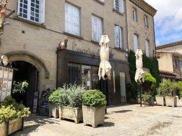 Carcassonne's walled city Restaurant L'Escargot