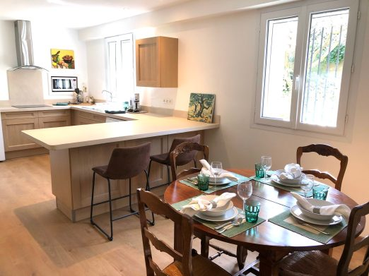 Apartments-for-rent-in-Carcassonne-kitchen-1