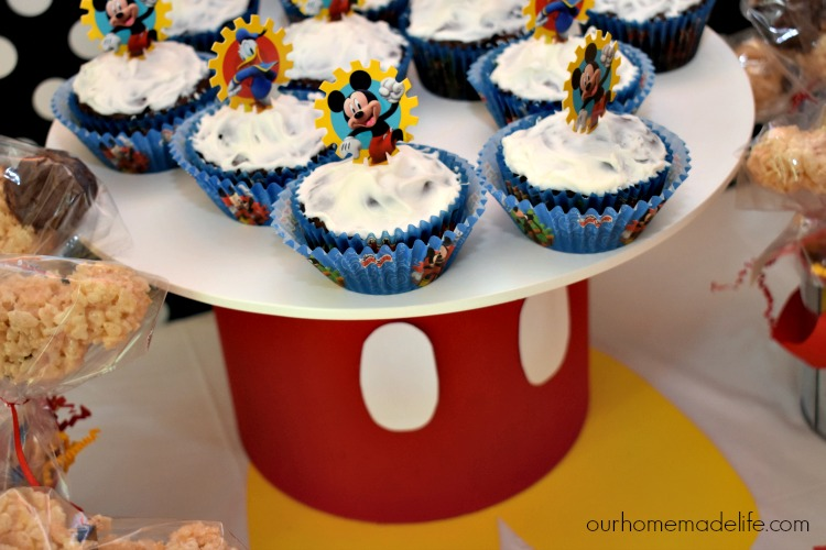 Disney Kids Mickey Party - Mickey Cupcakes - OurHomemadelife.com