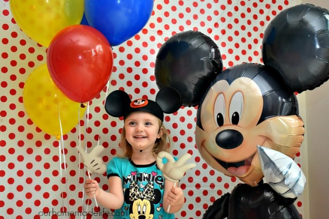 Disney Kids Mickey Party - Photobooth - OurHomemadeLife.com