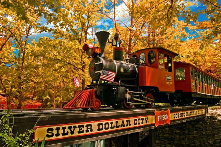 Fall is the Perfect Time to Visit Silver Dollar City