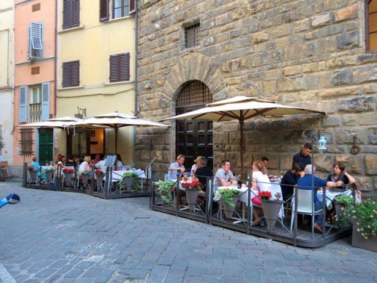 Enjoying a good meal side street style