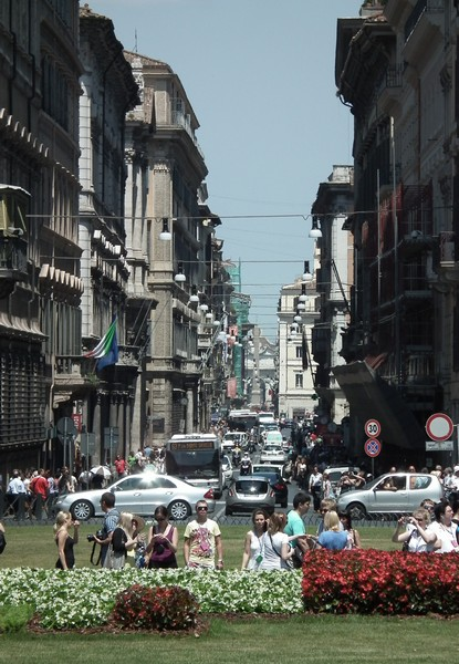 Driving in Roma