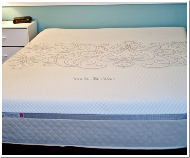 When Sealy Asked Me If I Would Like To Gift A Posturepedic Hybrid Half Memory Foam Innersprings Mattress Someone Knew Kaytlin Be