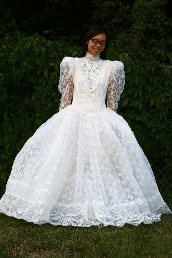 Wedding Dresses with Shoulder Pads
