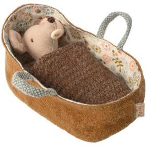 Maileg baby mus i lift med tæppe