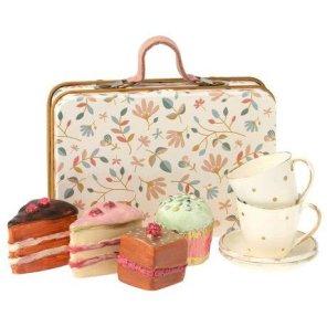 maileg kage sæt med tilbehør i kuffert our little toyshop