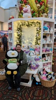 20181121 Barb Penguin Display