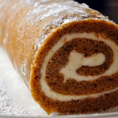 Holiday Recipes – Pumpkin Roll With Sweet Cream Cheese Filling