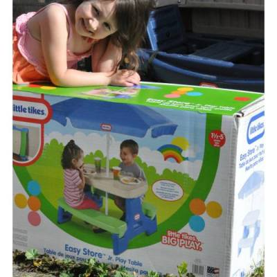 Little Tikes Easy Store™ Jr. Play Table with Umbrella – Giveaway