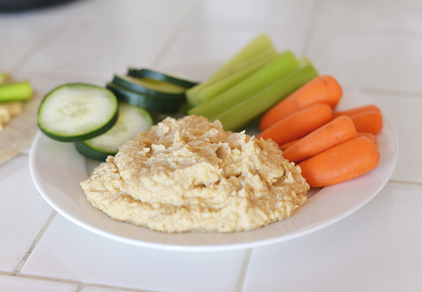 Homemade Hummus (1)