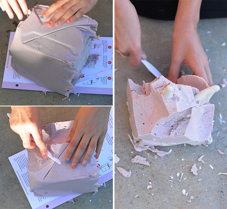 Clearing Alginate Mold From Stone Casting
