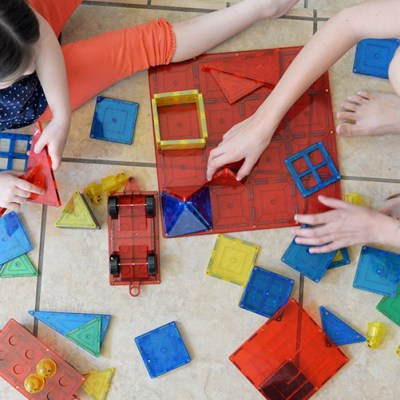 Magnetic Building Blocks – A Fun & Educational Toy