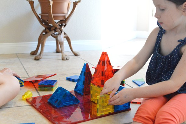 magnetic-stick-n-stack-magnetic-building-blocks-4