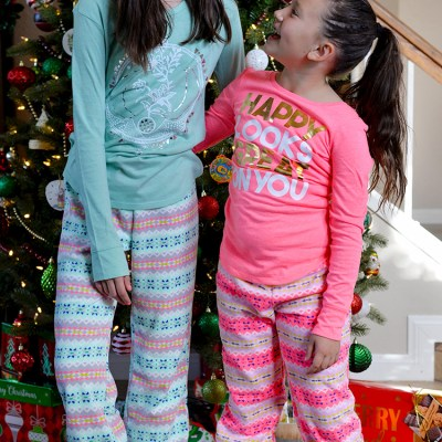 Give Happy This Holiday With Gifts From Old Navy