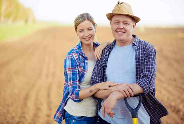 Is homesteading making you happy? Click here to discuss how doing homesteading your own way will keep you from being frustrated and giving up. Happy Homesteading   Homesteading   Homesteading is Hard