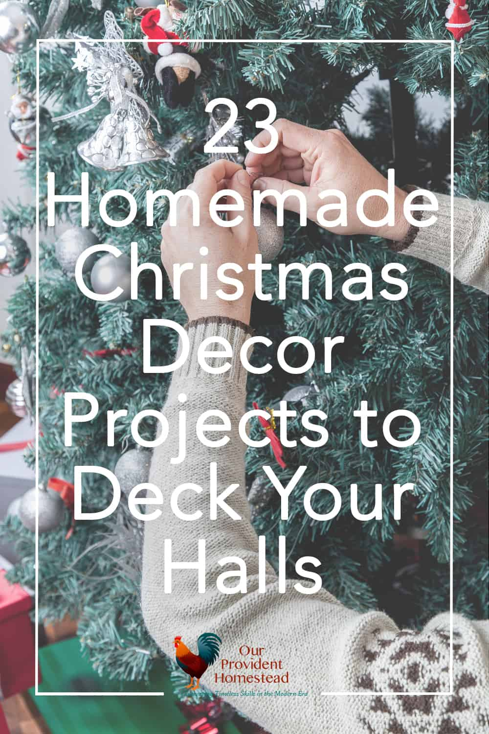 Do you want to give your home a new look for the holidays this year? Click here for 23 rustic DIY Christmas decor ideas to deck your halls, including your table, mantel and tree. #christmas #christmashomedecor #christmascraft #rusticchristmas