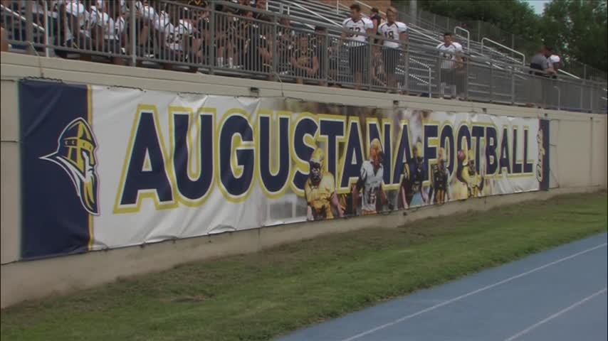 Augustana Football holds 2016 Media Day_20160818014704