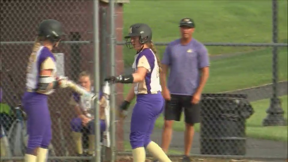 Muscatine and Bettendorf split their DH