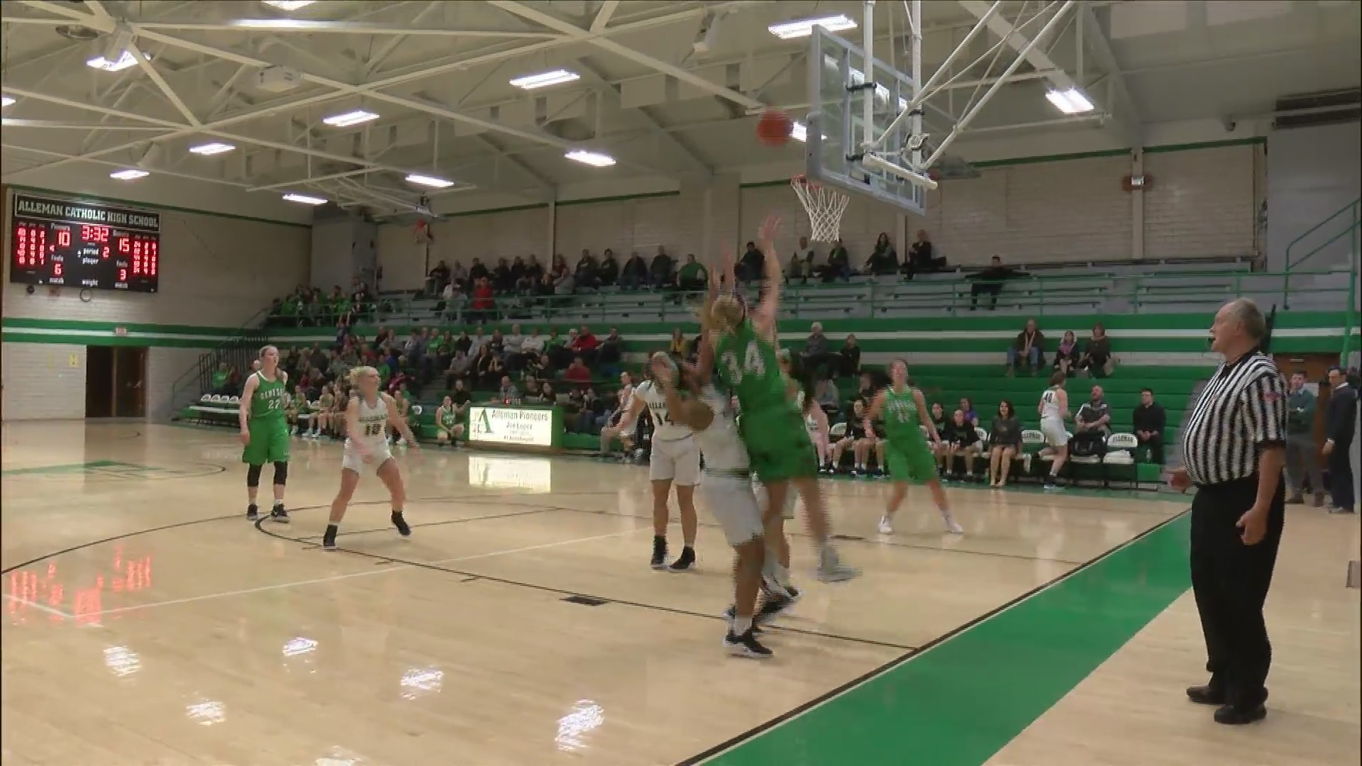 Geneseo Girls defeat Alleman.