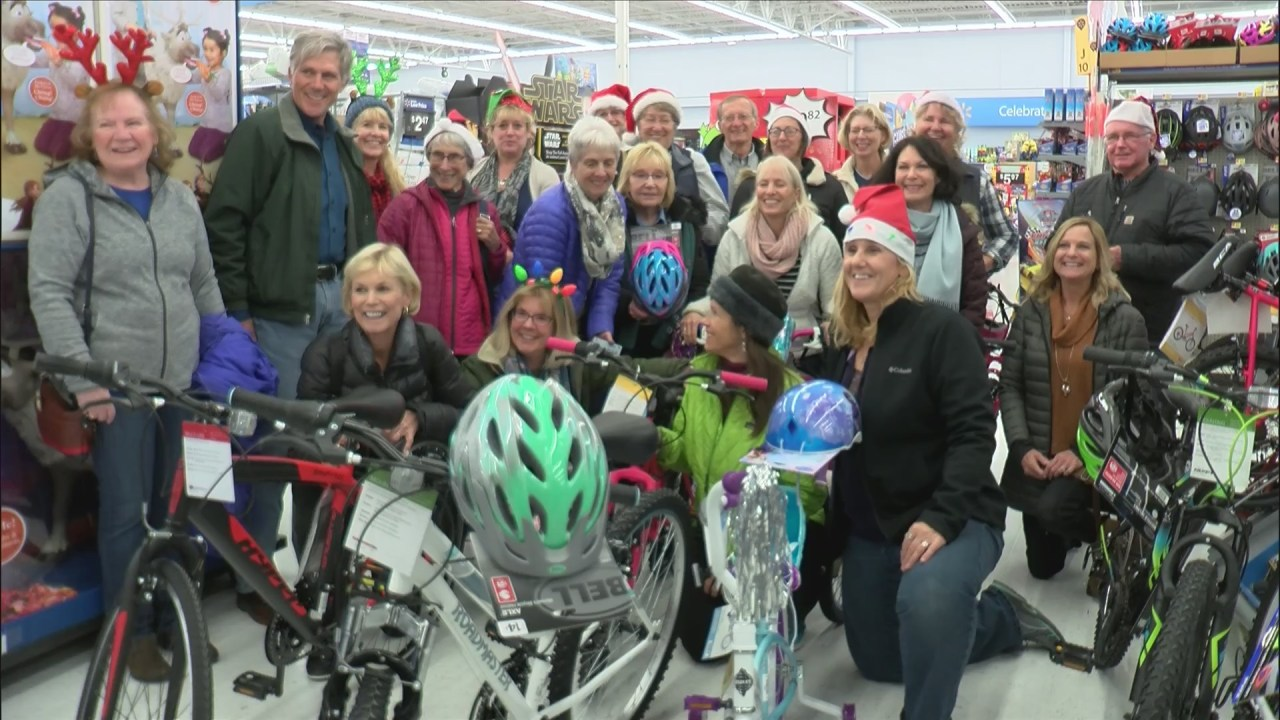 Quad Cities Bike Club Donates Bikes To Toys For Tots