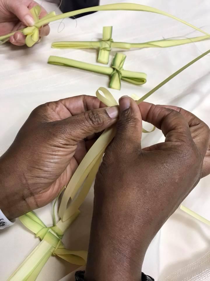 Making Palm Cross