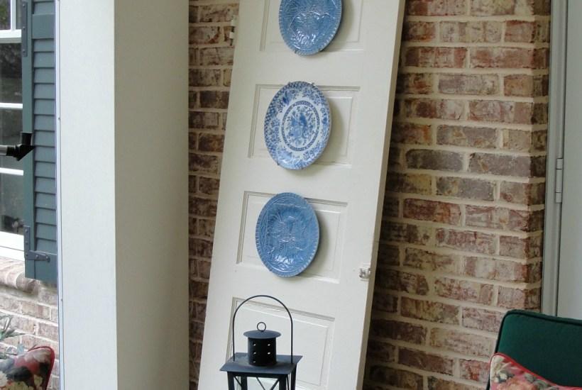 thrift_store_door_plate_display