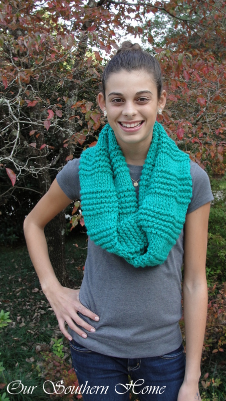Easy knit purl infinity scarf pattern.