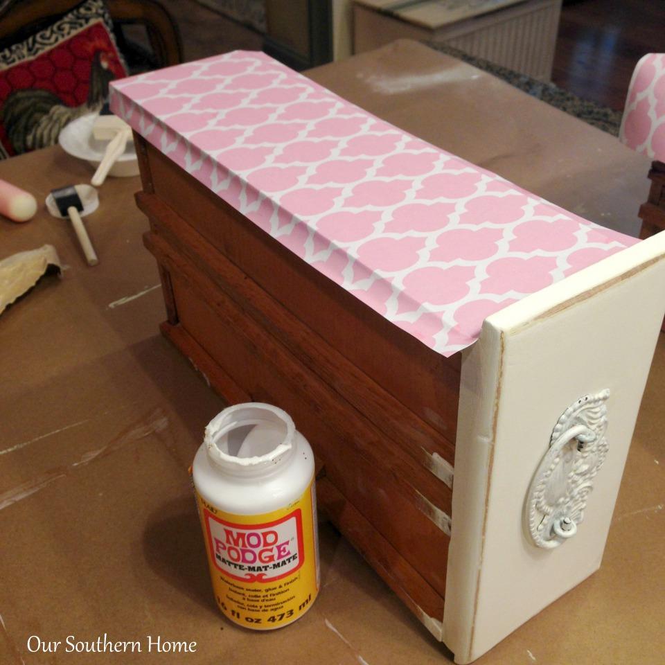 1-Decoupage Desk 21