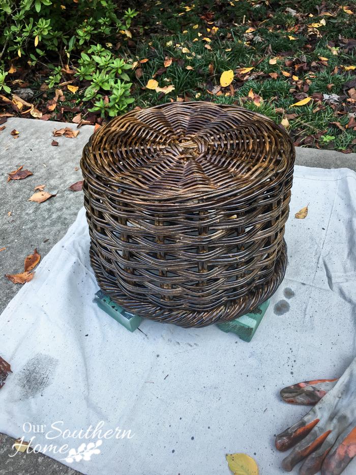 weathered finish farmhouse basket