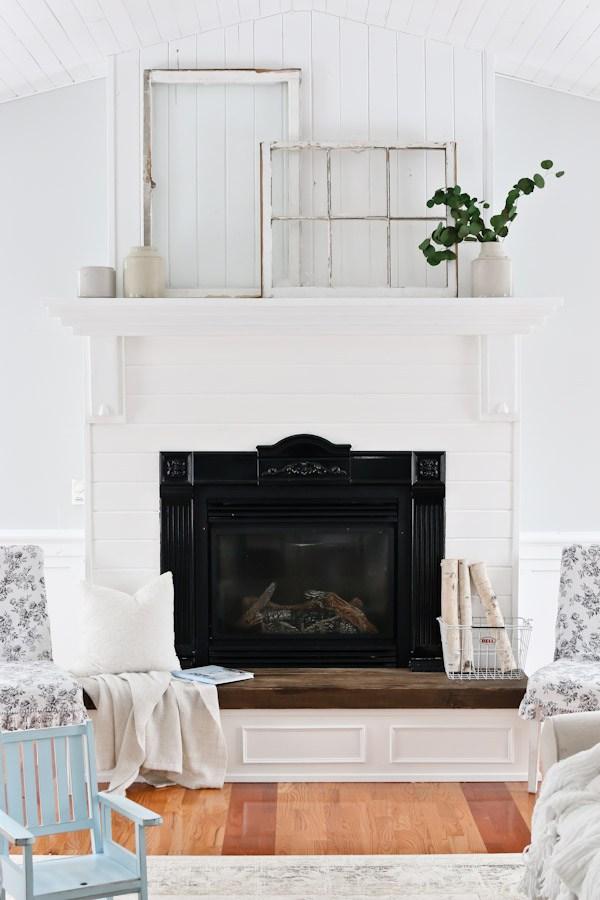 Living-Room-White-Mantel-2