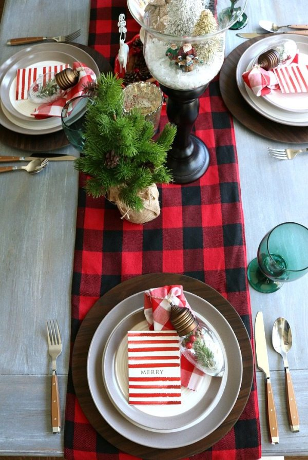 plaid-woodland-christmas-table-idea