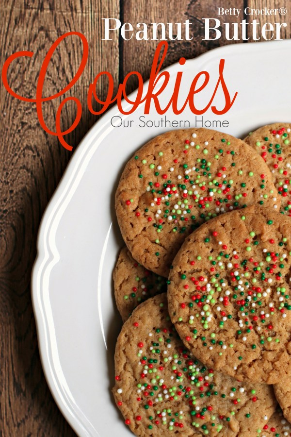 Peanut Butter Cookies / Christmas baking just got easier with Betty Crocker Cookie mixes via www.oursouthernhomesc.com / #bakingwithbetty #ad