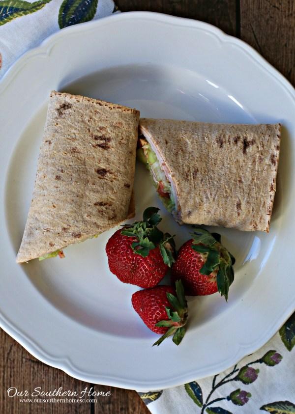 Turkey and Ham Lunchbox Wrap Recipe/#ad #HillshireFarmNaturals/ www.oursouthernhomesc.com