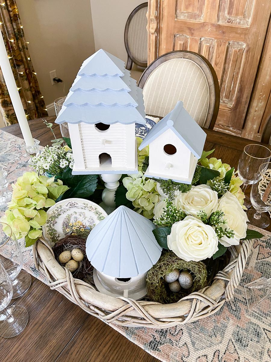 birdhouse tablescape