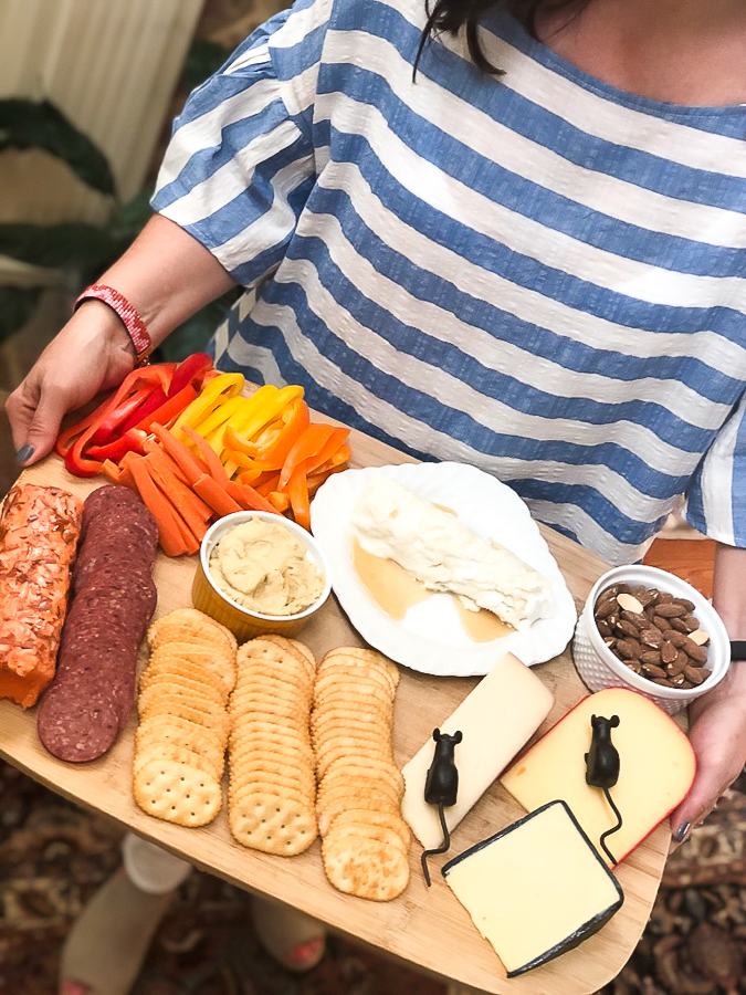 Easy Entertaining Cheese Board Idea for the empty nester! #bounty #ad #emptynest