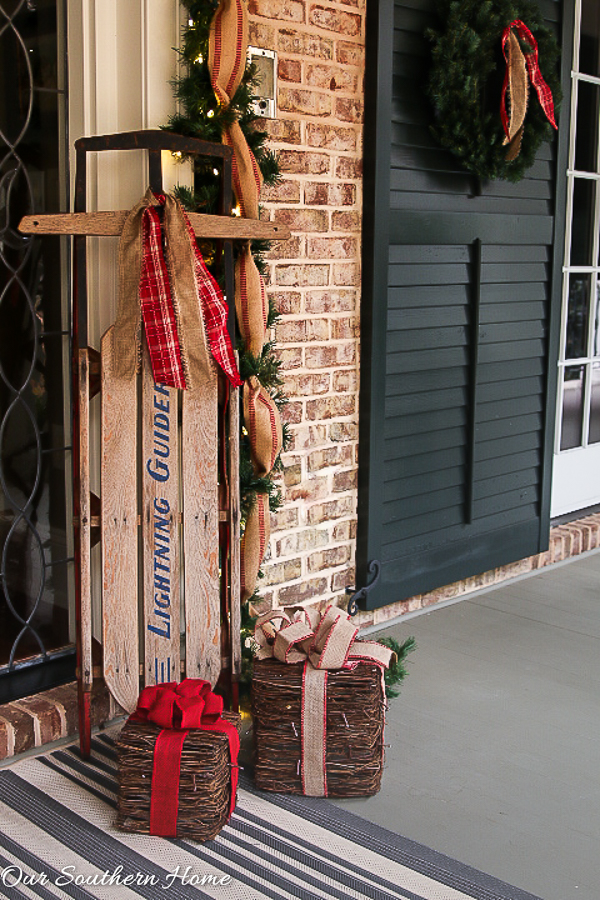 Large, southern front porch decked out for the holidays. So many great DIY and affordable ideas!