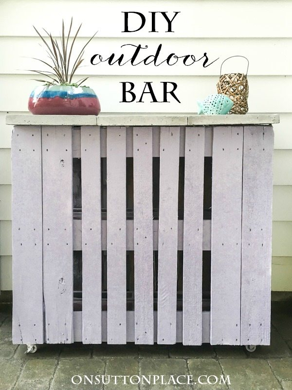 diy-outdoor-bar-from-pallets