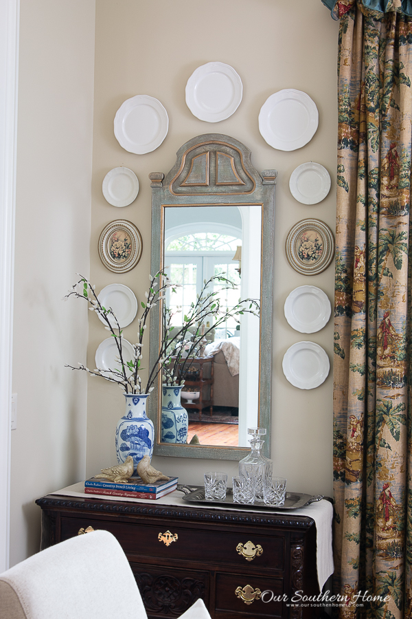 mirror in dining room