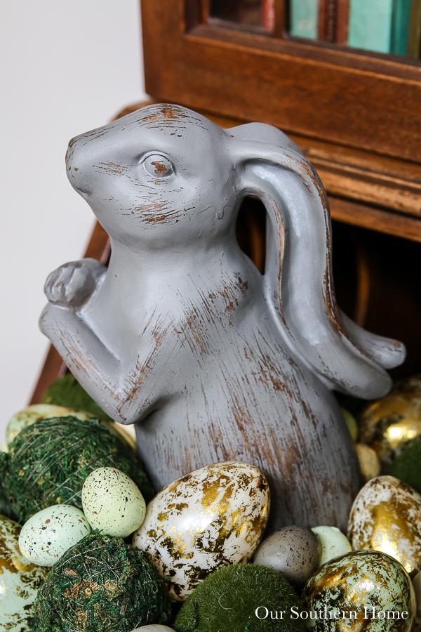 rabbit with eggs
