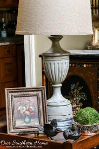 Weathered Finish Thrift Store Lamp Makeover