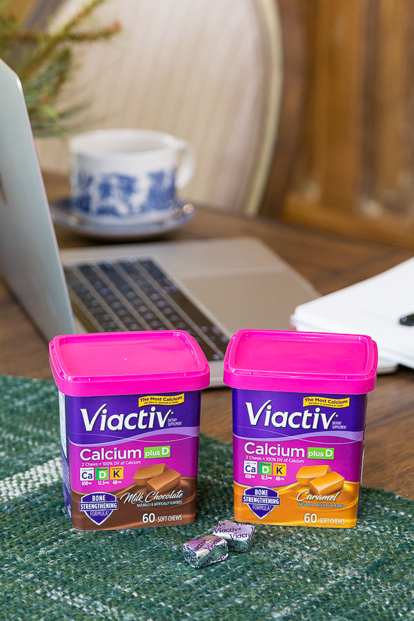 viactiv calcium chews product photo