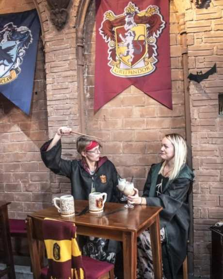 HARRY POTTER THEME CAFE HANOI VIETNAM - WIZARD AND WITCHES
